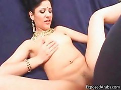 Slutty Arab girl loves sucking dick part4