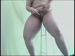 Hot chick in solo action