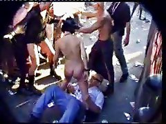 Loveparade - Pissing and sitting on his face
