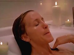 Felicity Huffmann nude in bathtube