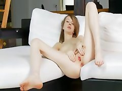 Pussy opening of ultracute coed Gloria
