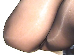 crossdresser pantyhose legs 026
