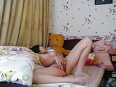 Asian fingering herself