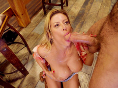 Country MILF loads her tiny holes with a huge dong