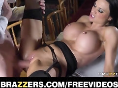 Super-Sexy black-haired waitress Jasmine Jae is instructed how to burst