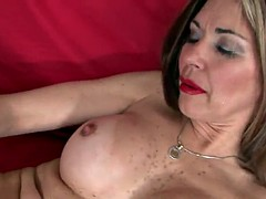 Mommy loves it hard in the ass - enjora.com