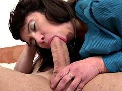 Mature mom to fuck young boys like there's no tomorrow