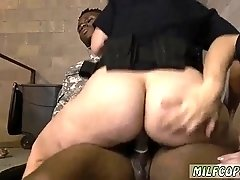 Cum swallowing bong Fake Soldier Gets Used as a Fuck Toy