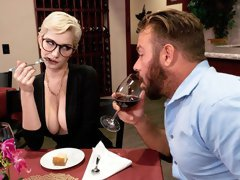 Glamorous short-haired angel Skye Blue jumps on a big dick