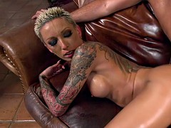 oiled huge ass inked blonde anal fucked