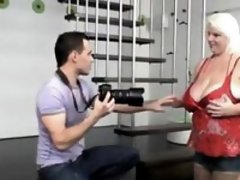 Blonde big girl mommy banged by yo Evelyn from dates25com