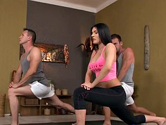 Babe fucked threeway after yoga