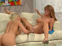 Excellent oral tryout between two mature lesbians