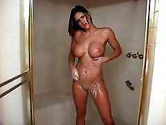 Eve Laurence takes the sexiest shower ever