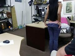 Pretty amateur chick fucked by pawn guy