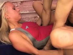 Nice girl round ass fuck