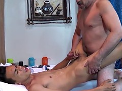 massaged dilf barebacking pinoy masseur